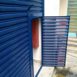 Serviço de instalação de porta automática